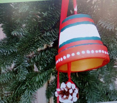 Kerstklokje in het groen